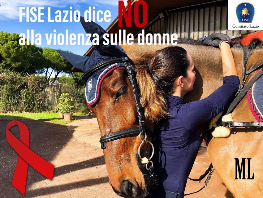 Giovani ragazze equitazione grande Dicks